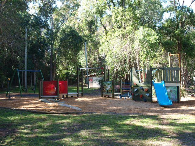 Day Picnic Area & Playground